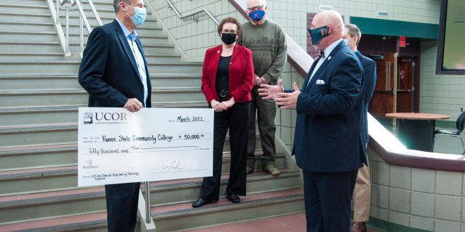 UCOR donates $50,000 in support of two Roane State programs